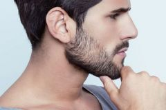 barba-a-chiazze-cause-e-rimedi-per-farla-crescere
